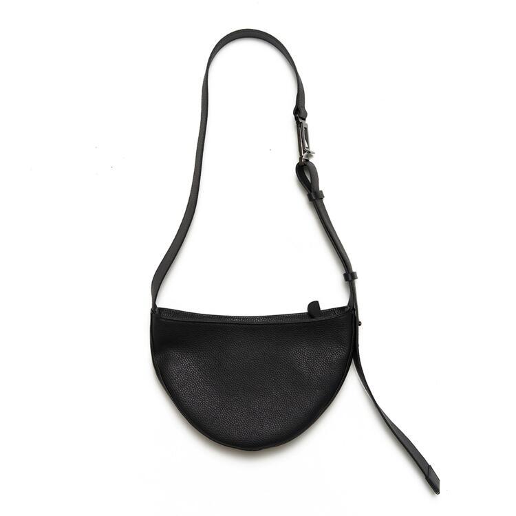 韩际新世界网上免税店-SOFT SEOUL-女士箱包-half moon leather bag_Black 单肩斜挎包